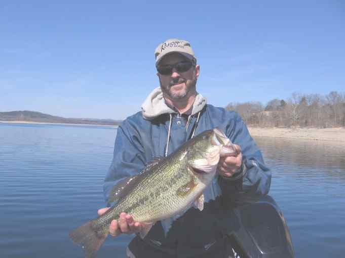 Table rock lake bass fishing photos from 2005 for Missouri bass fishing